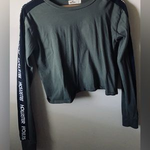 Long sleeve Hollister crop top